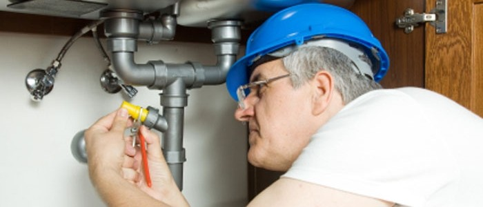 Why Clients Should Call Plumbers